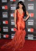Custom Made V Neck Ruffles Kim Kardashian Evening Dresses Sexy Red Carpet Celebrity Dress New Fashion 2013