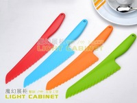 Plastic cake knife vegetable knife cheese knife multicolour knife