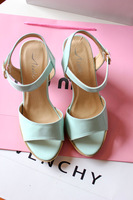 Chen beautiful fashion thick heel brief solid color open toe sandals
