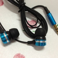 FREE SHIPPING Metal Earphone for ipod MP3 MP4 Earphone for ipad 3.5Jack 10pcs/Lot  blue