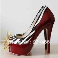 Classic Brand Designer Heels With Spikes Rivets Red Wedding Shoes Heels Pumps Wholesale