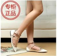 Free shoes Flat heel flat rivet pointed toe  japanned leather rivet single  sandals women's shoes