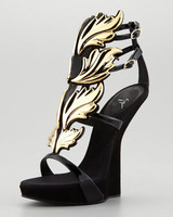 2013 summer hot-selling patchwork gold velvet sandals gold wings flat sandals free shipping