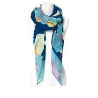 New Europe And The United States Women Fade Rose Printed Scarf Is Prevented Bask In Shawls