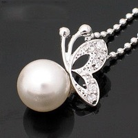 2013 newest Fashion   jewelry bijoux.Temperament pearl butterfly  necklace . J929