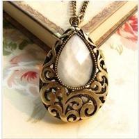 2014 Fashion Design Accessories Vintage White Black Rhinestone Long Necklace Classic Antique Design Waterdrop Pendant Necklaces