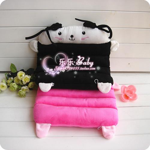 Gato de rosa preto branco dos desenhos animados almofada do assento de carro(China (Mainland))