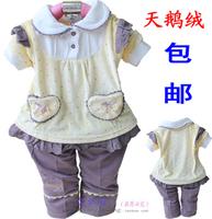Children's clothing infant child female spring and autumn velvet twinset set 2012 child clothes
