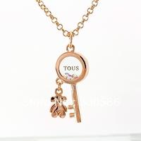 Italina Austrian crystal Key  Bear pendant popular necklace  Europe  America Fashionable female christmas jewelry