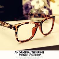 E7  vintage leopard print non-mainstream glasses male Women big black box around the eyeglasses frame plain mirror plate