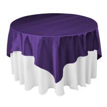 Tavolo e divano biancheria