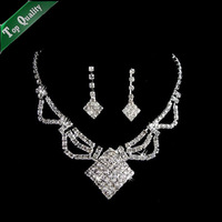 Free shipping alloy necklace bridal jewelry sets best gift for beautiful bride flower crystal necklace wedding accessory