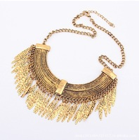 Free shipping Wholesale Fashion Vintage Salix Leaf drop Necklaces Alloy Segment Style women's Pendants