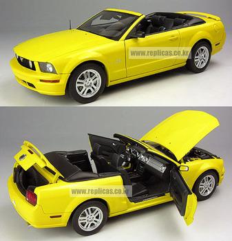 Autoart FORD - mustang gt model