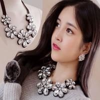 Women New Luxury Bling Crystal Camellia Flower False Collar All-Match Full Diamond False Collar Free Shipping