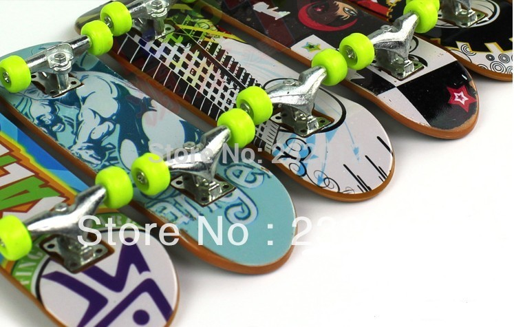 Free shipping 2 Pack Finger Board Truck Skateboard Toy Gift Boy Kids Children Party [ZR-021](China (Mainland))