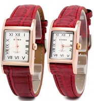 Free shipping 2013 new fashion casual couple male and female students watch fashion watch  belt on the table