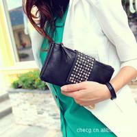 New 2013 Style Retro rivet simulation skin Clutch hand bag ,Evening bag Womens bag Fashion Leisure purse Free Cross PU Leather