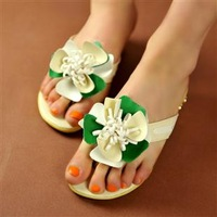 2013 flat flip flops shoes sweet princess shoes wedges flower fashion plus size female sandals