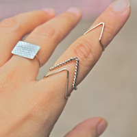"Min Order $5(can mix) 2013 New Fashion Wire Chevron Knuckle Rings ""V"" Shape Midi Ring Free Shipping"