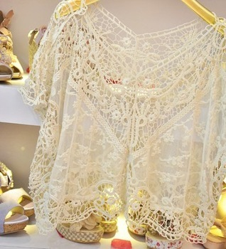 2014 Autumn women Cotton lace floral Fashion Sweet Cute Lace Flower Batwing Loose Blouse Shirt Top Free drop shipping