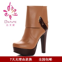 Daphne DAPHNE 2012 PU japanned leather strap metal buckle ultra high heels round toe boots dae250510018