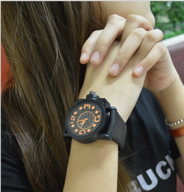 Trend fashion jelly candy color table sports casual lovers table male women's watch large dial(China (Mainland))