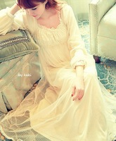 Free shipping Sweet lace sexy short long-sleeve princess nightgown royal vintage white long design nightgown sleepwear quality