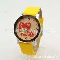 Hot-selling fashion ladies watch hyraxes watch mens watch cartoon child table student table