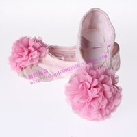 Chrysanthemum child dance shoes ballet shoes dance shoes practice shoes gym shoes cat shoes soft outsole