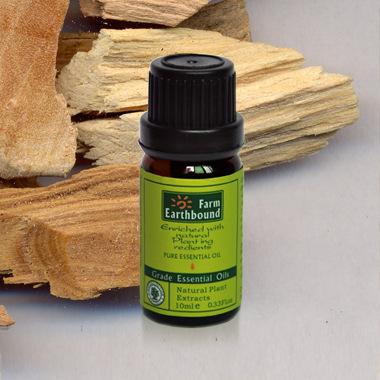 D13 sandalwood oil (India) 10ml essential oils essential oils. Promote sleep. Improve sexual problems. Desalination texture(China (Mainland))