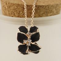 Gentlewomen elegant diamond flower necklace female fashion chain accessories jewelry e2111