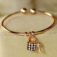 Exquisite diamond lock key bracelet female bracelet fashion accessories jewelry h5210