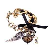 069 Accessories for woman fashion jewelry Leopard heart wings Pendant bracelet