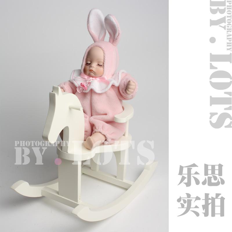 Coelho nova chegada do bebê trojan bobble cabeça caixa de música boneca música presente do dia caixa de(China (Mainland))