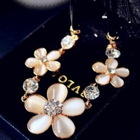 ZXX 36401 - eye sparkling fashion flower design turtleneck short necklace accessories new year gift flower  FREESHIPPING