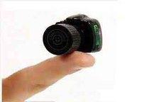 Personalized ultra-small y2000 mini camera miniature midv
