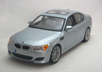 Brand New MAISTO 1:18 Scale  Silver  Diecast Car Model In Stock