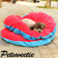Hot dog mat red and blue kennel bed yurt pet supplies