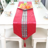 Simplicity Fashion Red Color Velvet Table Runner Concentric Circles Rhinestone Tablecloth/Table cover Customizing Accepted