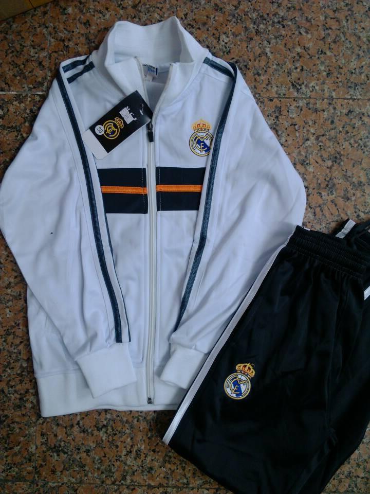 real madrid training jacket Photo
