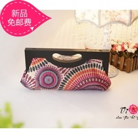 New arrival 2014 fashion bohemia national women's trend handbag peacock wooden handle embroidery evening bag day clutch bag