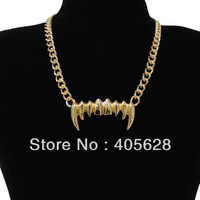 FANGS fashion chain necklace
