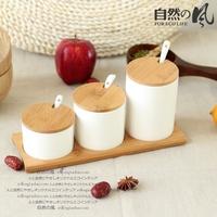 Natural round ceramic bamboo spice jar condiment bottles seasoning box kitchen supplies three pieces set