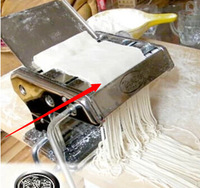 Knife pressing machine household pasta machine electric pressing machine