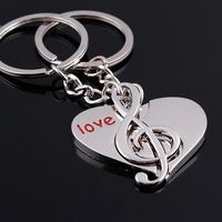 Yiwu creative couple keychain manufacturers girlfriend gift couple keychain factory shop