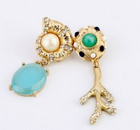 2013 Cute Snail Branches Asymmetrical Stud Earring Design Earrings Free Shipping(Min $20 Can Mix)