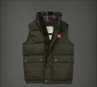 2013 Free shipping !!! Lowest price!!! New men's down vest cardigan leisure brand down jacket /down coat for men