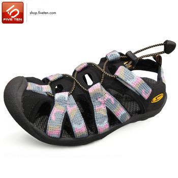 5.ten Women sandals flat heel platform sandals female cutout outdoor shoes slip-resistant wading shoes