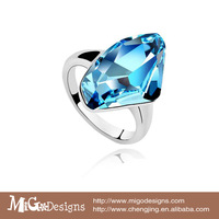 Migodesigns Fashion Women Jewelry SWA Crystal 18K White Gold Plated Geometric Aquamarine Ring